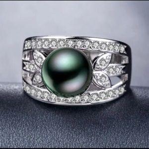 Elegant 925 Silver Round Cut Black Pearl Ring